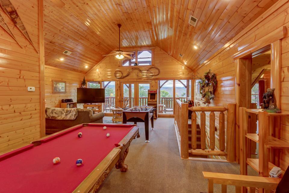 Mountain Escape  - Sevierville Vacation Rental - Photo 30
