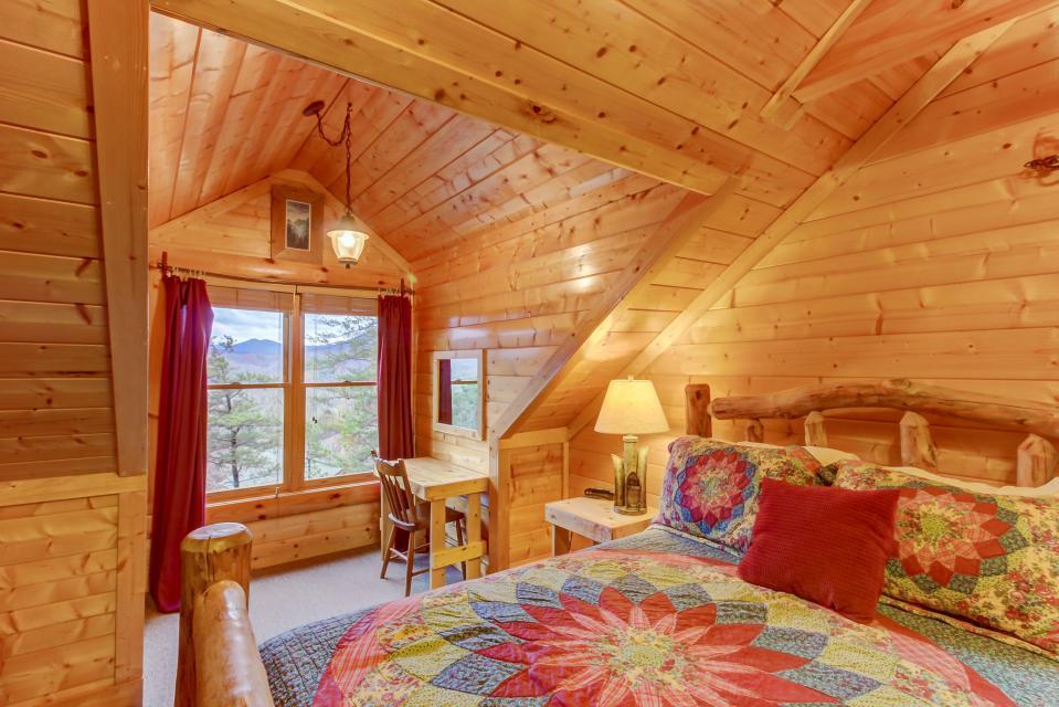 Mountain Escape  - Sevierville Vacation Rental - Photo 40