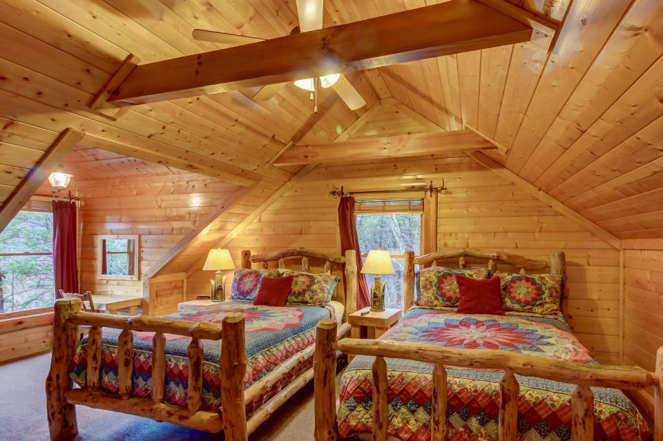 Mountain Escape  - Sevierville Vacation Rental - Photo 37