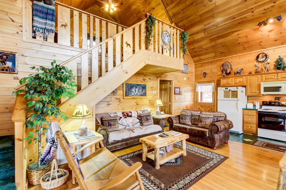 An Indian Dream Cabin - Sevierville Vacation Rental - Photo 9