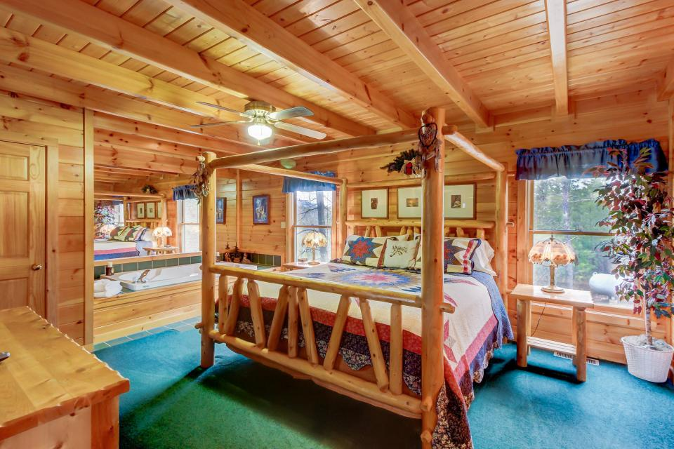 An Indian Dream Cabin - Sevierville Vacation Rental - Photo 10