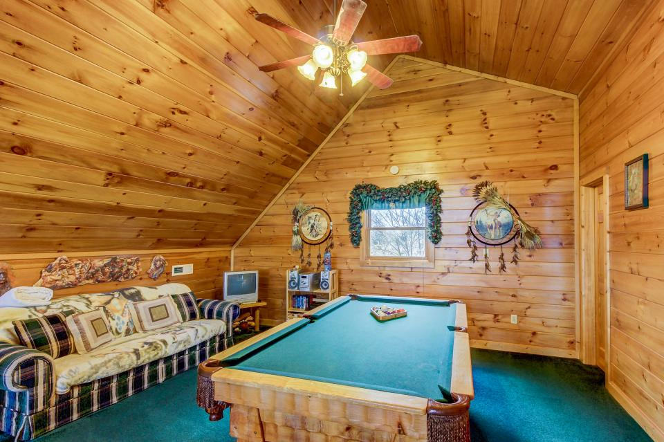 An Indian Dream Cabin - Sevierville Vacation Rental - Photo 21