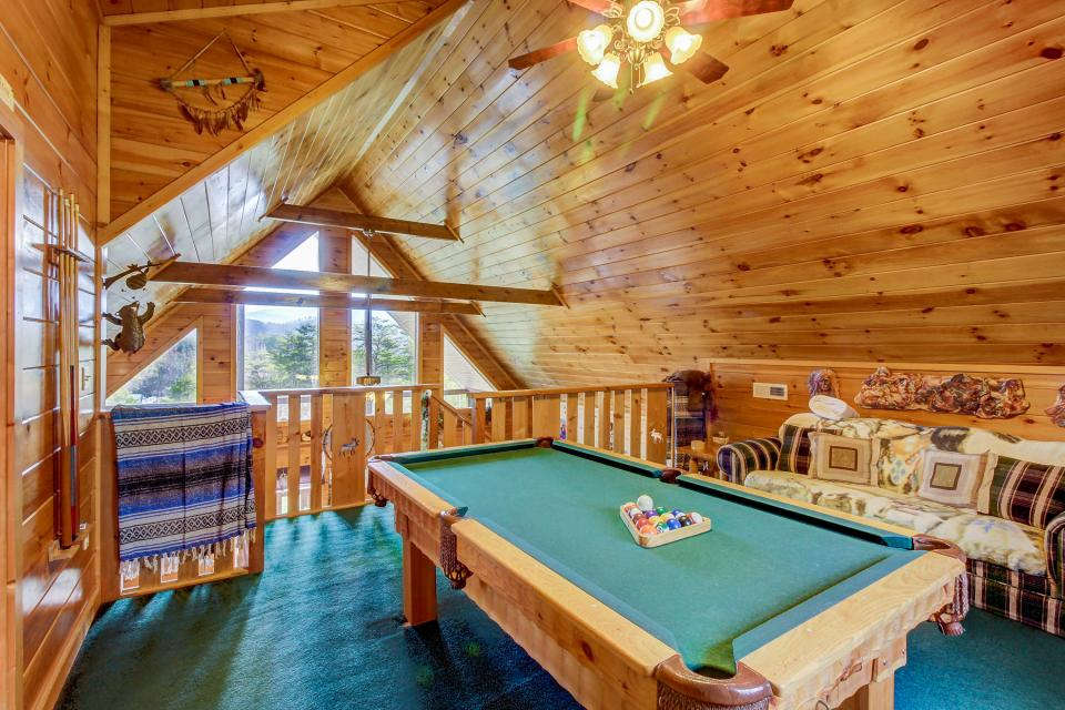 An Indian Dream Cabin - Sevierville - Take a Virtual Tour