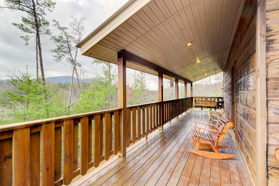 An Indian Dream Cabin - Sevierville Vacation Rental - Photo 2