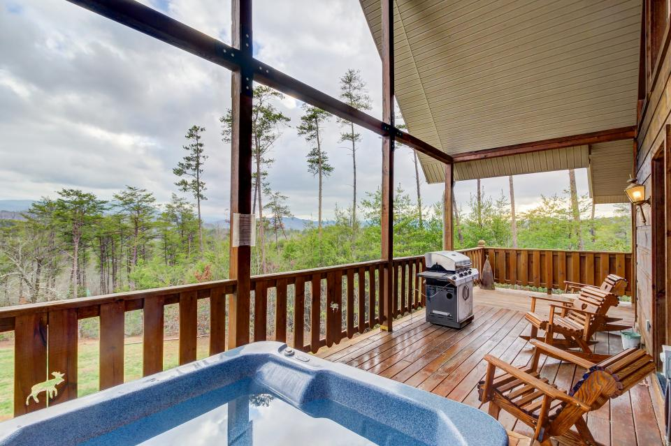 An Indian Dream Cabin - Sevierville Vacation Rental - Photo 3