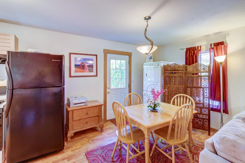 Cottonwood Cottage - Moab Vacation Rental - Photo 11