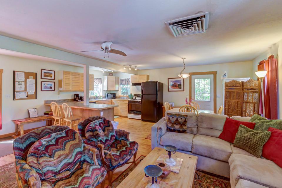 Cottonwood Cottage - Moab Vacation Rental - Photo 2