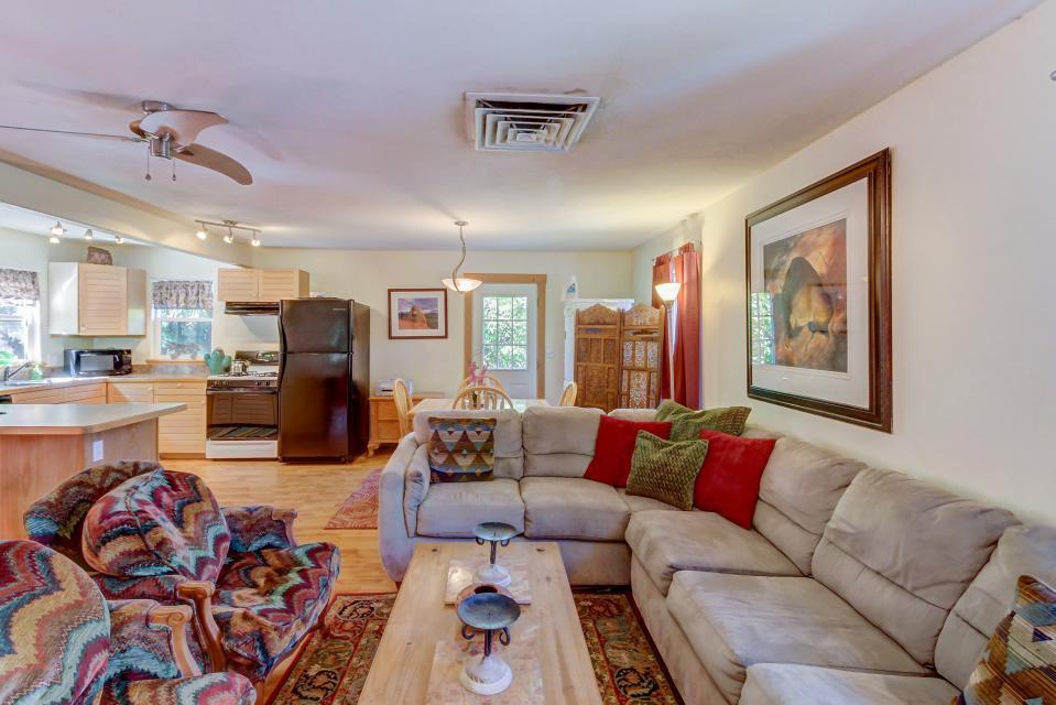 Cottonwood Cottage - Moab Vacation Rental - Photo 1