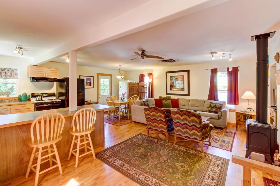 Cottonwood Cottage - Moab Vacation Rental - Photo 14