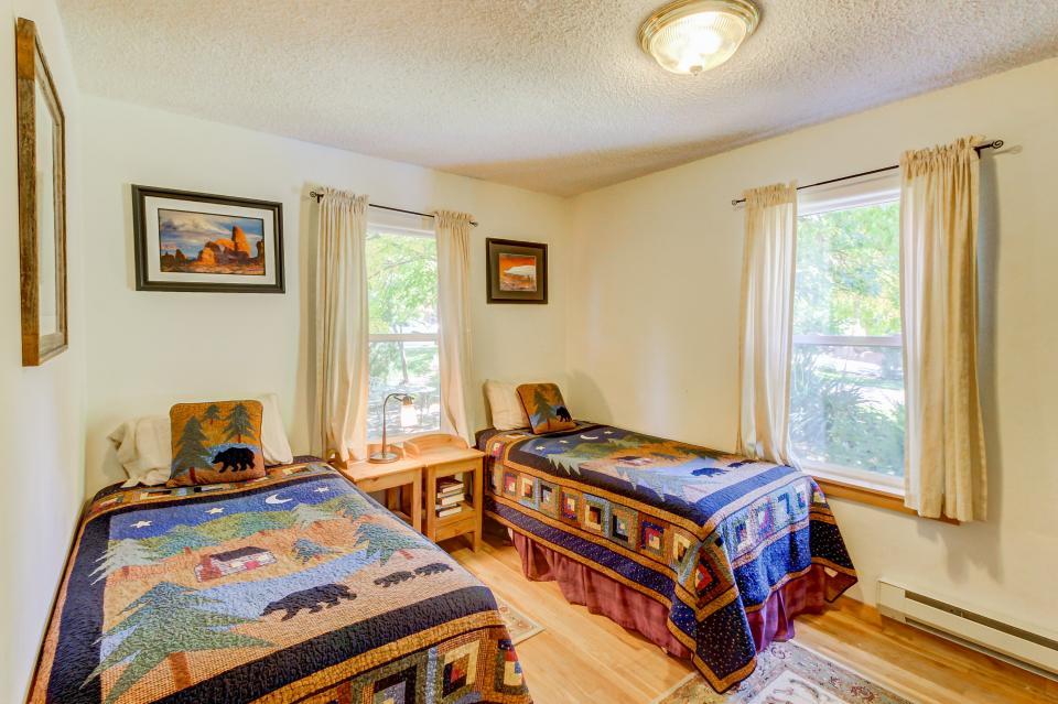 Cottonwood Cottage - Moab Vacation Rental - Photo 22