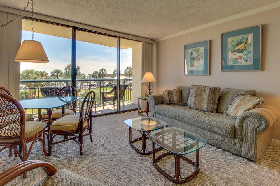 San Luis Getaway - Galveston Vacation Rental - Photo 1