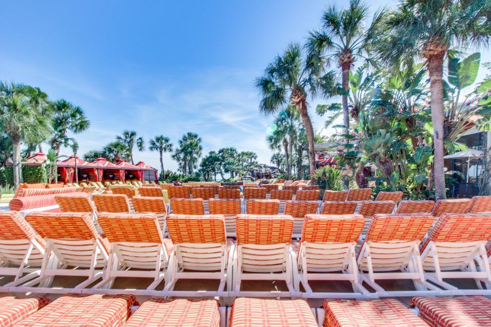 San Luis Getaway - Galveston Vacation Rental - Photo 30