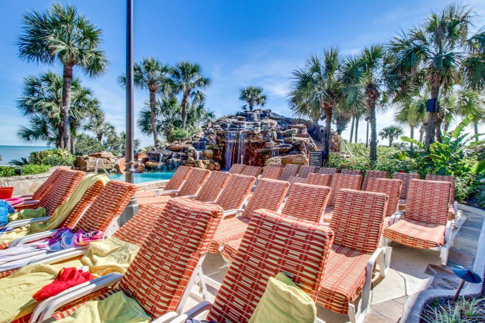 San Luis Getaway - Galveston Vacation Rental - Photo 32