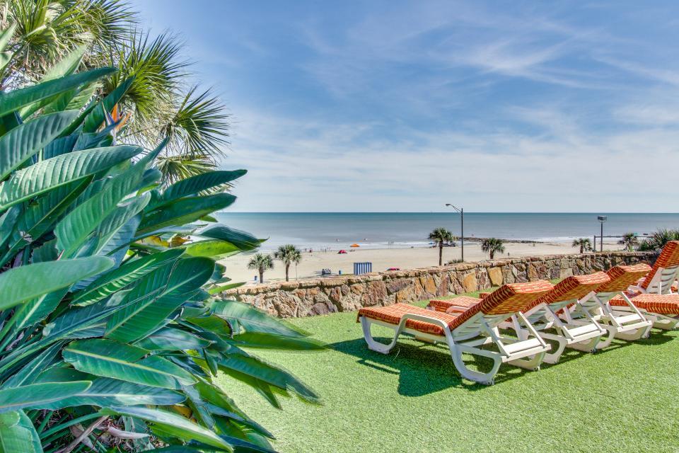 San Luis Getaway - Galveston Vacation Rental - Photo 31