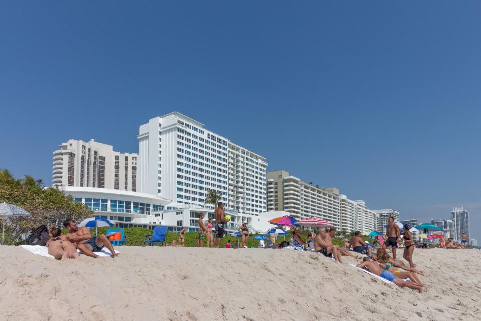 Castle Beach: Pavillon 1 Condo - Miami Beach Vacation Rental - Photo 20