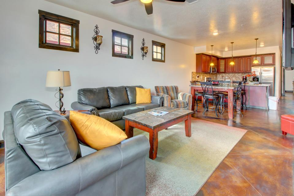 La Dolce Vita Villa's - Roca Roja - Moab Vacation Rental - Photo 1