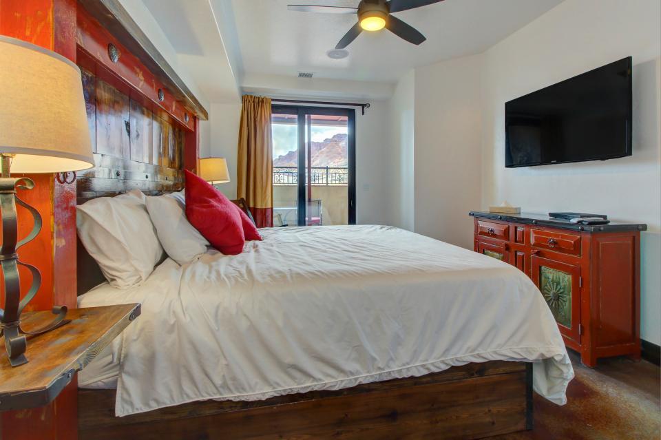 La Dolce Vita Villa's - Roca Roja - Moab Vacation Rental - Photo 16
