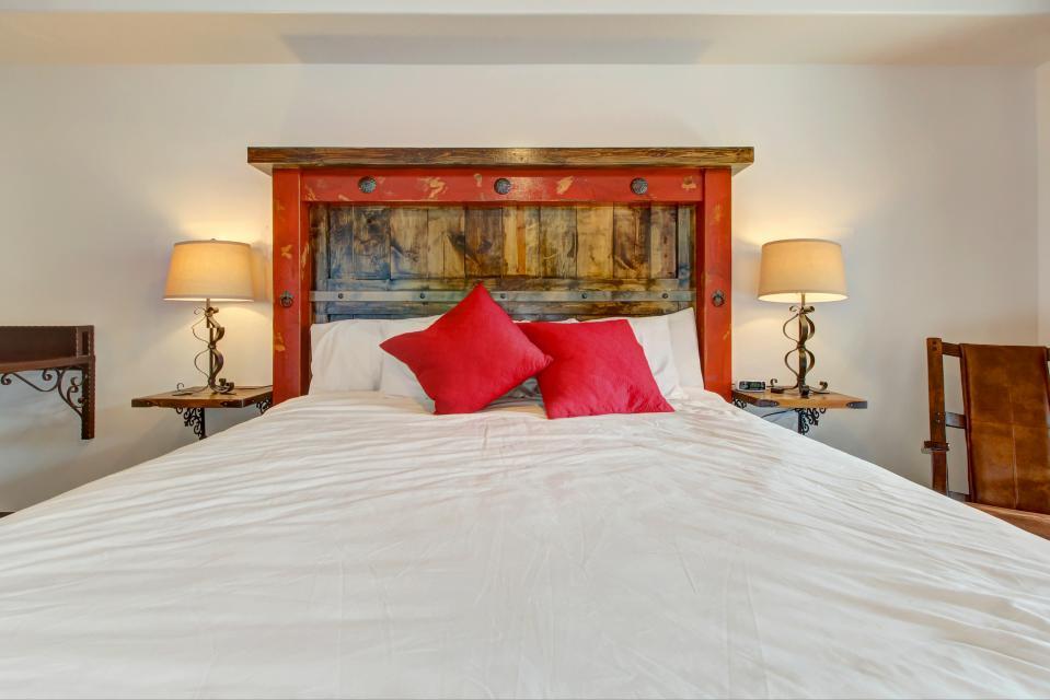 La Dolce Vita Villa's - Roca Roja - Moab Vacation Rental - Photo 17