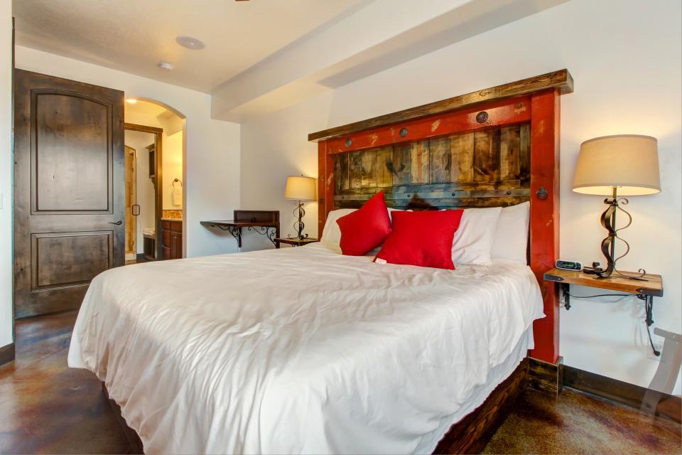 La Dolce Vita Villa's - Roca Roja - Moab Vacation Rental - Photo 14
