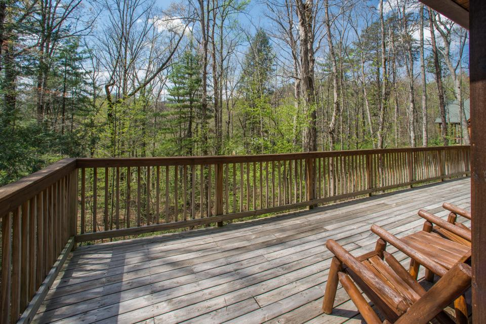 Two Bears  - Sevierville Vacation Rental - Photo 34