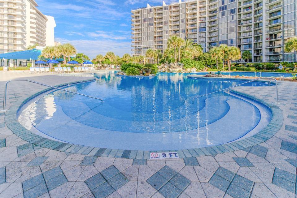 Edgewater Golf Villa 1209 - Panama City Beach Vacation Rental - Photo 2