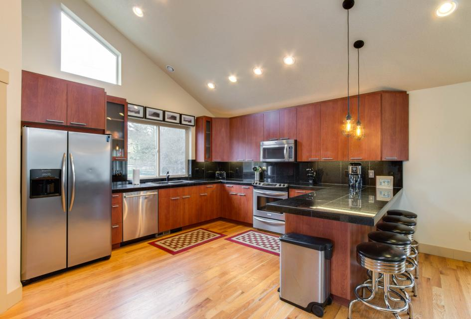 Helamans House - Lincoln City Vacation Rental - Photo 7
