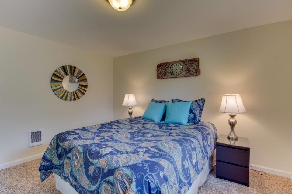 Dolphin House - Rockaway Beach Vacation Rental - Photo 30