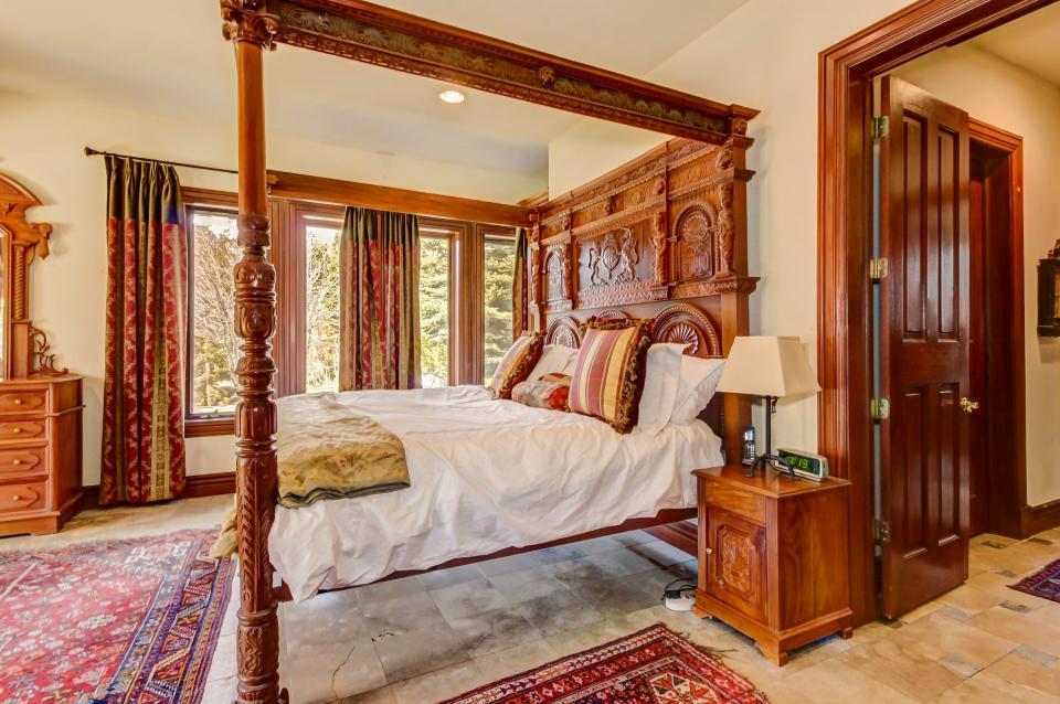 Stone Hill Retreat  - Midway Vacation Rental - Photo 18