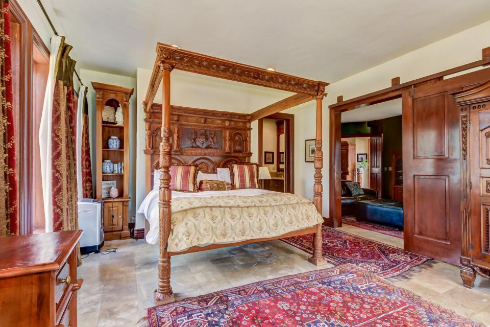 Stone Hill Retreat  - Midway Vacation Rental - Photo 17