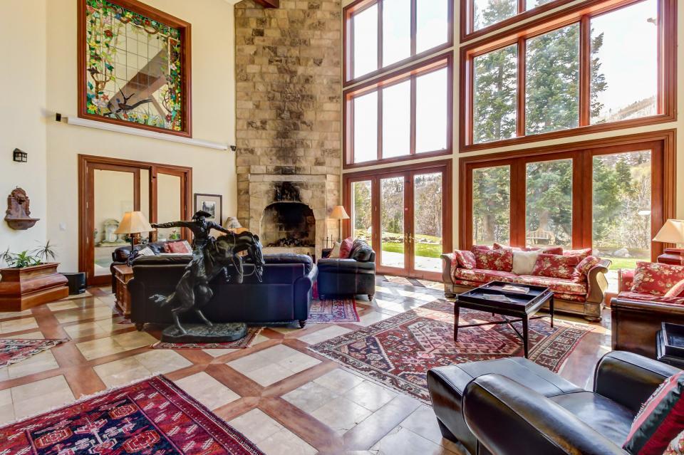 Stone Hill Retreat  - Midway Vacation Rental - Photo 13