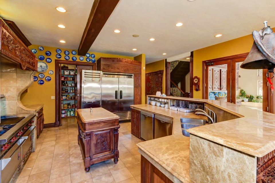 Stone Hill Retreat  - Midway Vacation Rental - Photo 24