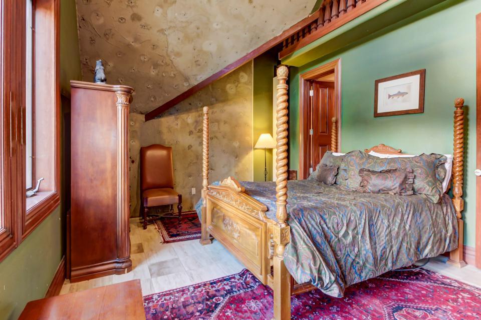 Stone Hill Retreat  - Midway Vacation Rental - Photo 44