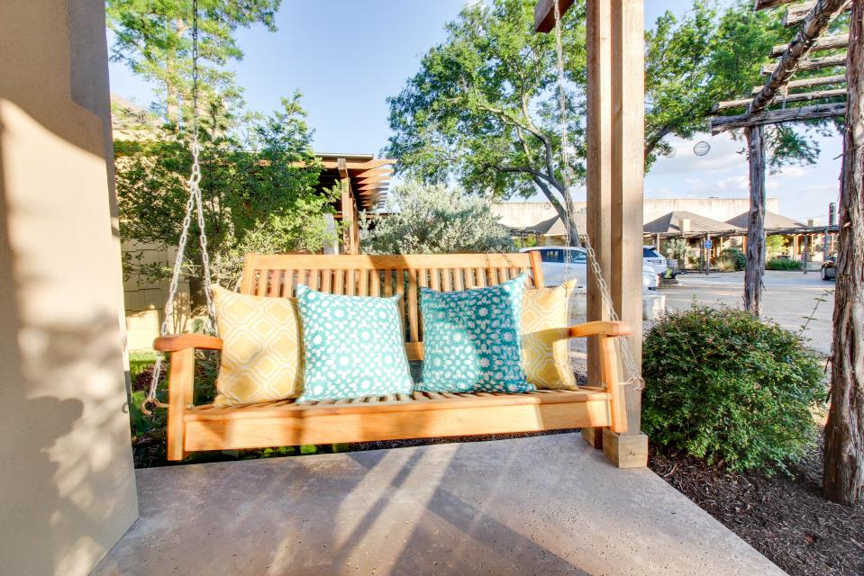 Dog Friendly Bed And Breakfast Texas Hill Country