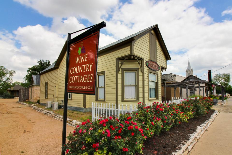 Wine Country Cottages on Main: Cuvee - Fredericksburg Vacation Rental - Photo 30