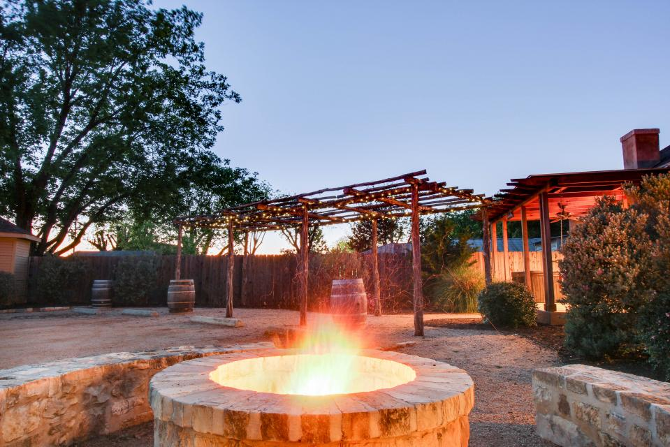 Wine Country Cottages on Main: Cuvee - Fredericksburg Vacation Rental - Photo 26