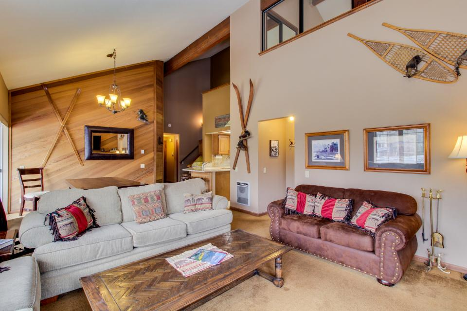 Sierra Megeve 13 - Mammoth Lakes Vacation Rental - Photo 4