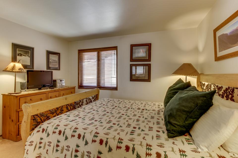 Helios North 9 - Mammoth Lakes Vacation Rental - Photo 20