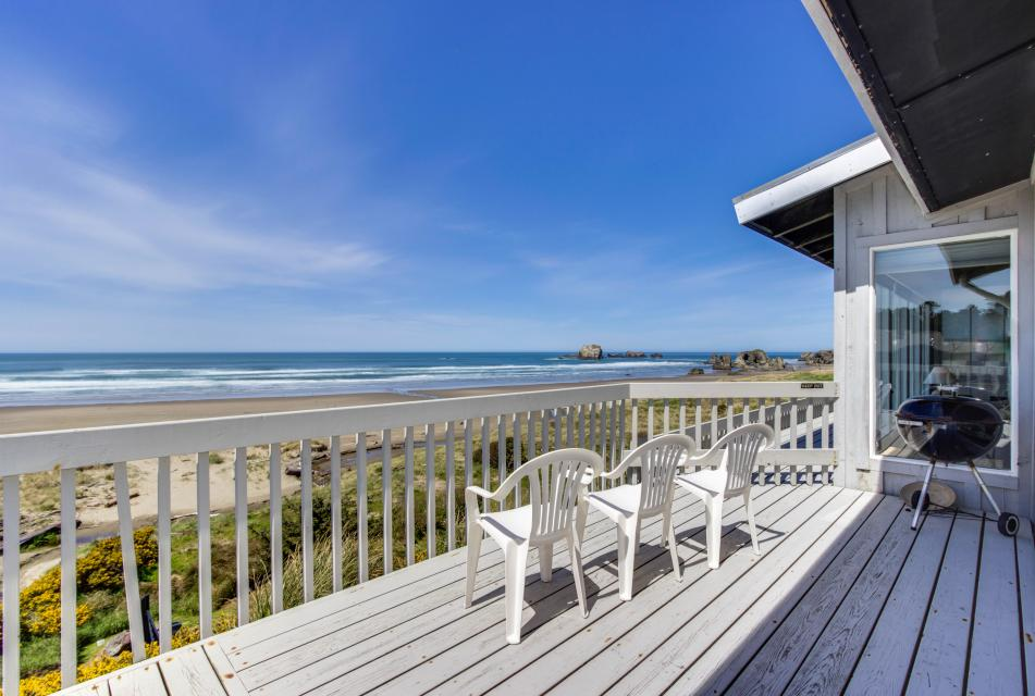 Spindrift Oceanfront Home - The Helm - Bandon Vacation Rental - Photo 21