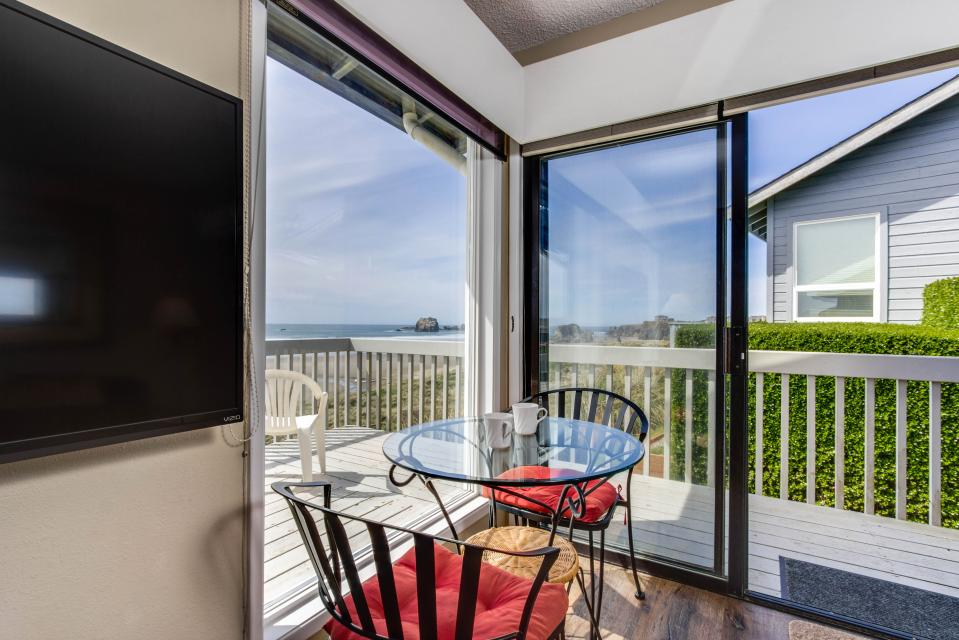 Spindrift Oceanfront Home - Bandon Vacation Rental - Photo 20