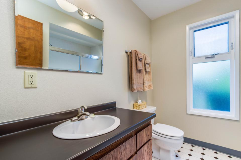 Spindrift Oceanfront Home - Bandon Vacation Rental - Photo 24
