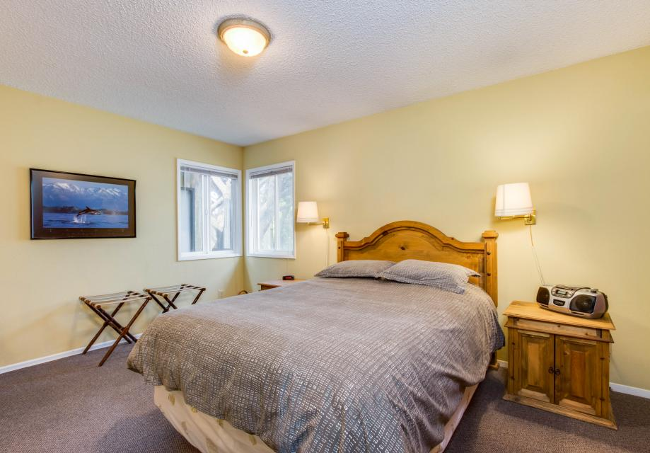 Spindrift Oceanfront Home - Bandon Vacation Rental - Photo 23