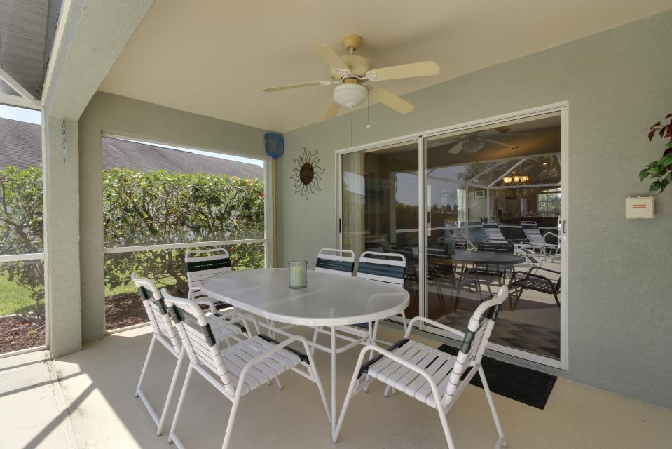 Heron's Nest Getaway - Fort Myers Vacation Rental - Photo 19