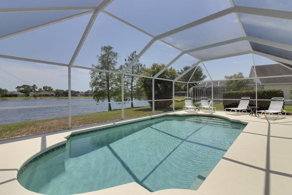 Heron's Nest Getaway - Fort Myers Vacation Rental - Photo 20