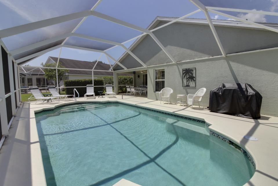 Heron's Nest Getaway - Fort Myers Vacation Rental - Photo 21
