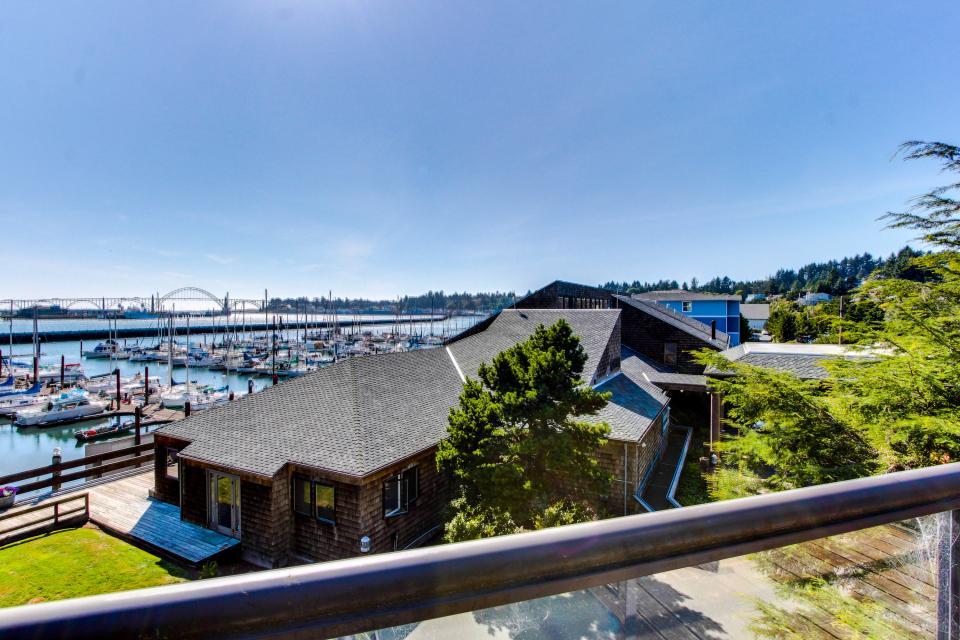 Embarcadero 401: Captain's Quarters - Newport Vacation Rental - Photo 13