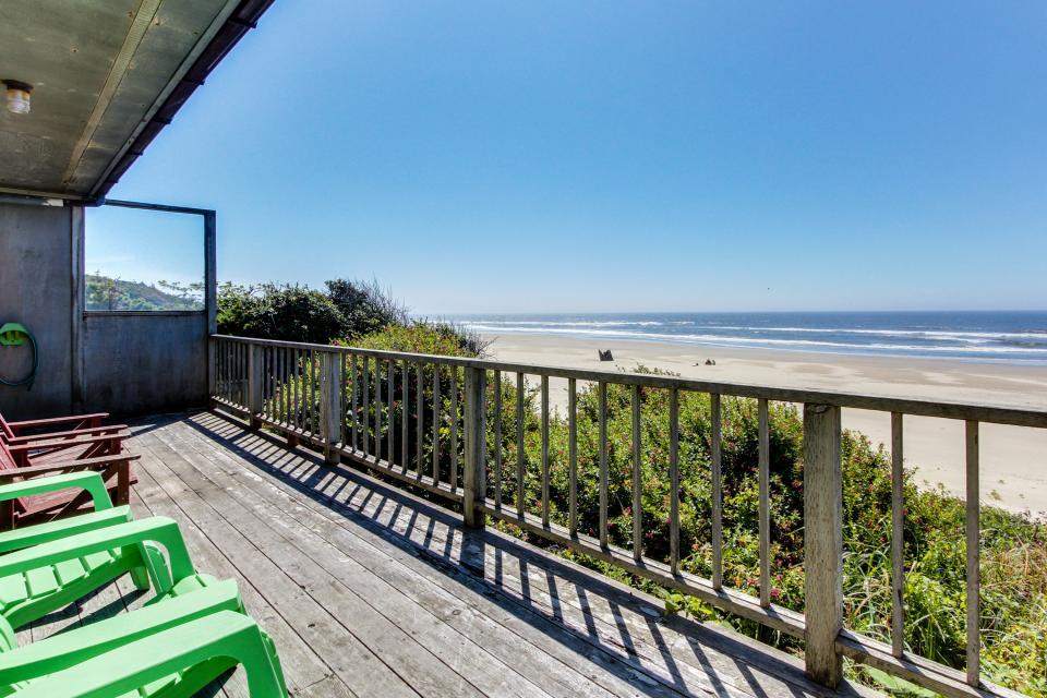 Cape Cod Cottages - Unit 10 - Waldport Vacation Rental