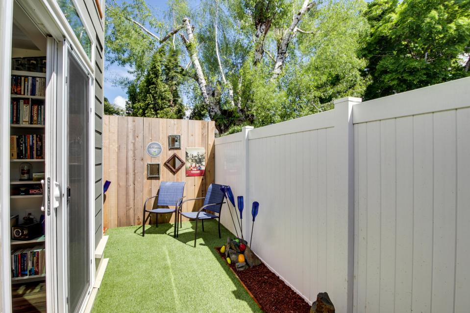 Brewmaster's Cottage - Portland Vacation Rental - Photo 28
