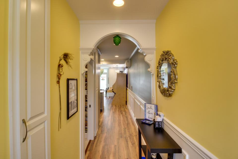 Brewmaster's Cottage - Portland Vacation Rental - Photo 26