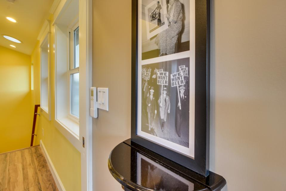 Brewmaster's Cottage - Portland Vacation Rental - Photo 34