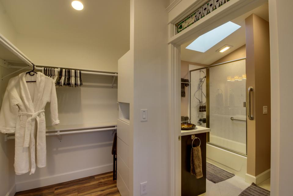 Brewmaster's Cottage - Portland Vacation Rental - Photo 39
